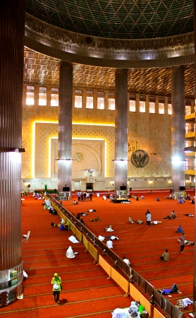 Jakarta's Istiqlal Mosque - the largest in South East Asia- expects to reach full capacity this Idu Fitri, with 60,000 attendees.
