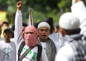 FPI members rally in Yogyakarta in 2012 (photo: Jakarta Globe)